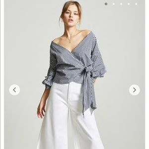Forever 21 Gingham Wrap Top Size S
